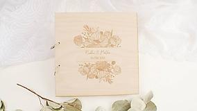 - Drevená svadobná kniha hostí (25 listov 300g matný (na lepenie fotiek)) - 9950504_