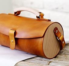 Kabelky - Kabelka na rameno DUFFLE BAG GOLD BROWN - 9950800_