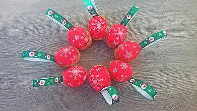 Dekorácie - Vianočná dekorácia - oriešky dedo Mráz - 9950057_