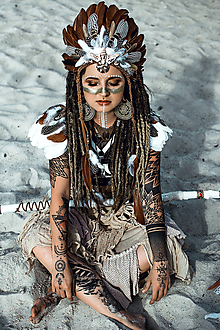 Ozdoby do vlasov - Pierková čelenka s mušličkami Halloween Šamanka - 9950606_