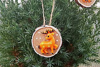 Dekorácie - Vianočná ozdoba s jelenčekom - 9952141_