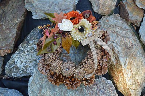 a4d8777a4 Prírodný smútočný venček s jesennými kvetmi / erikak - SAShE.sk ...