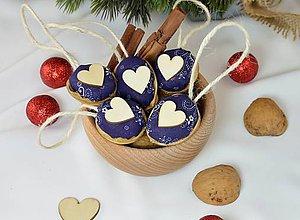 Dekorácie - Vianočné orechy modrotlač so srdcom - 9954856_