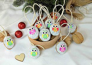 Dekorácie - Vianočné orechy  so sovičkami - 9954860_