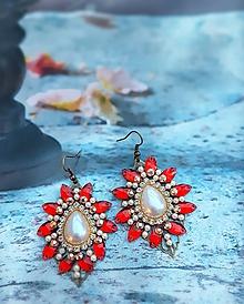Náušnice - červené perleťové náušnice - 9957699_
