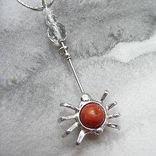 Náhrdelníky - Pavúčik s korálom - 9956130_