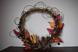 Dekorácie - Prírodný jesenný venček :-) - 9956364_