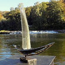 Socha - kovaná socha