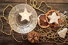 Svietidlá a sviečky - Vianočné plávajúce sviečky - 9960757_