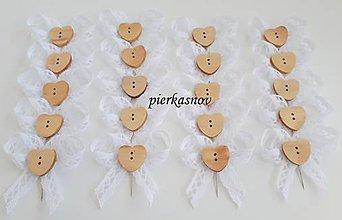 b4eb015b5d21 Pierka - Svadobné pierko s bielou čipkou a drevené srdiečko - 9963349