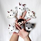 Hračky - Sada maňušiek na prst (Rozprávka o vlkovi a kozliatkach - na objednávku) - 9963153_