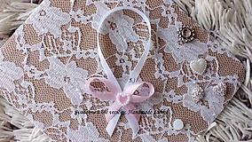 Darčeky pre svadobčanov - Stužky na fľaše / víno  - svetlá ružová - 9964247_