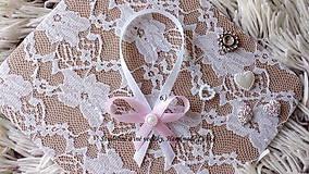Darčeky pre svadobčanov - Stužky na fľaše / víno  - svetlá ružová - 9964248_