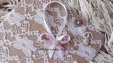 Darčeky pre svadobčanov - Stužky na fľaše / víno  - svetlá ružová - 9964241_