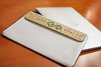 Na notebook - PUZDRO FOLK EDITION BIELE  (na MacBook 12 (drievko s zelenou niťou)) - 9965277_