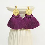 Náušnice - Zlaté náušnice so strapčekmi - fialové, mosadz - 9966586_