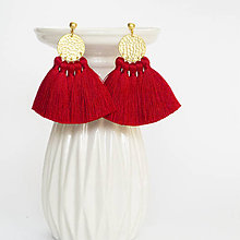 Náušnice - Zlaté náušnice so strapčekmi - červené, vianočné - 9966524_