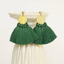 Náušnice - Zlaté náušnice so strapčekmi - zelené, mosadz - 9966542_