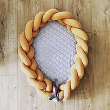 Textil - Hniezdo a mantinel do postieľky slnečný dotyk - 9963522_
