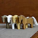 Dekorácie - drevený koník - 9964571_
