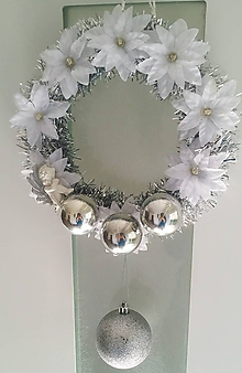 Dekorácie - Vianočný veniec - biely Anjel - 9967184_