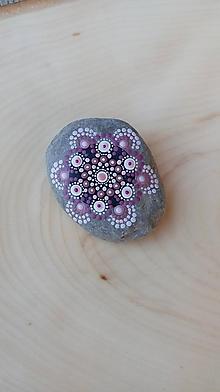 Drobnosti - Ružový do dlane - Na kameni maľované - 9969382_