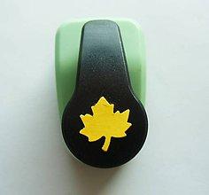 Pomôcky/Nástroje - Dierovačka na hrubší papier, moosgummi - 16 mm, javorový list, jeseň - 9972987_
