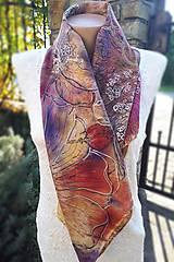 Šatky - Voňavá jeseň- hodvábna maľovaná šatka s kvetmi a makovicami - 9974063_