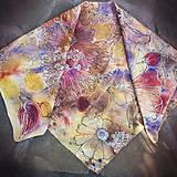 Šatky - Voňavá jeseň- hodvábna maľovaná šatka s kvetmi a makovicami - 9974076_