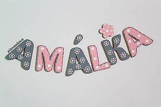 Tabuľky - AMÁLKA farebné dievčenské meno z dreva - 9973821_