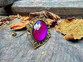 Prstene - Starobronzový filigránový prsteň s fialovým kamienkom - 9972265_