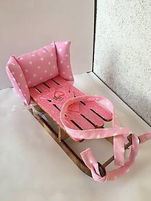 Hračky - Ručne maľované sánky pre bábiku. - 9975217_