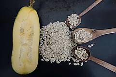 Potraviny - domáce semienka cukety - 9978203_