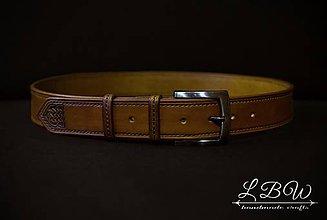 Opasky - Opasok kožený, ručne šitý s razbou - 9976416_