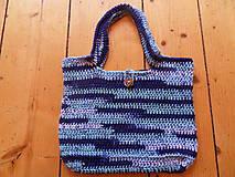 Háčkovaná modrá taško-kabelka