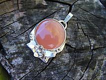 Náhrdelníky - Strieborný prívesok Ag925 Mesačný kameň - 9976869_