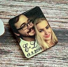 Darčeky pre svadobčanov - Magnetka s fotkou 1 (drevená) - 9979032_