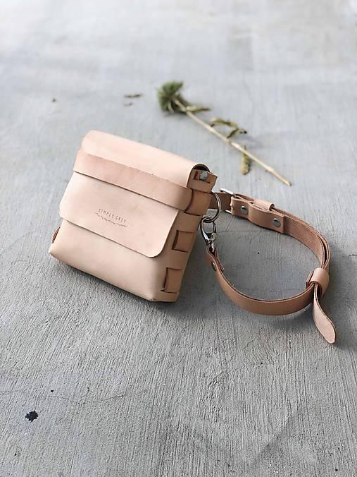 Kabelky - Kožená crossbody taška, ľadvinka CUBE - 9978571_