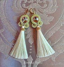 Náušnice - Ručne šité šujtášové náušnice / Soutache earrings - Swarovski  (Monika - lemovka žltá/béžová) - 9979792_
