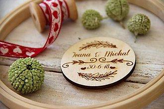 Darčeky pre svadobčanov - Drevená svadobná magnetka - 9979890_