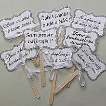 Darčeky pre svadobčanov - Tabuľky na fotenie 8 ks, text,fond,farba podľa Vašich predstáv - 9978845_