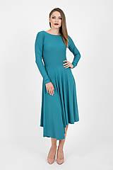 Šaty - - 40% MIESTNE ASYMETRICKÉ ŠATY S DLHÝM RUKÁVOM (PETROLEJOVÉ) - 9982297_
