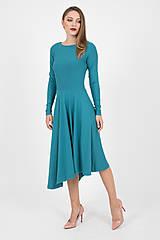 Šaty - - 40% MIESTNE ASYMETRICKÉ ŠATY S DLHÝM RUKÁVOM (PETROLEJOVÉ) - 9982303_