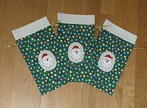 Úžitkový textil - Vrecúška na mikulášske drobnosti 1 - tri farby (zelená) - 9982526_