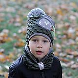 Detské čiapky - Tmavo zelený set so sivým paroháčom a brmbolcom - 9984732_