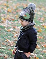 Detské čiapky - Tmavo zelený set so sivým paroháčom a brmbolcom - 9984737_