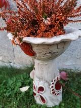 Modelovacie hmoty - Záhradné keramické krmítko,kvetináč, dekorácia do záhradky. - 9982650_