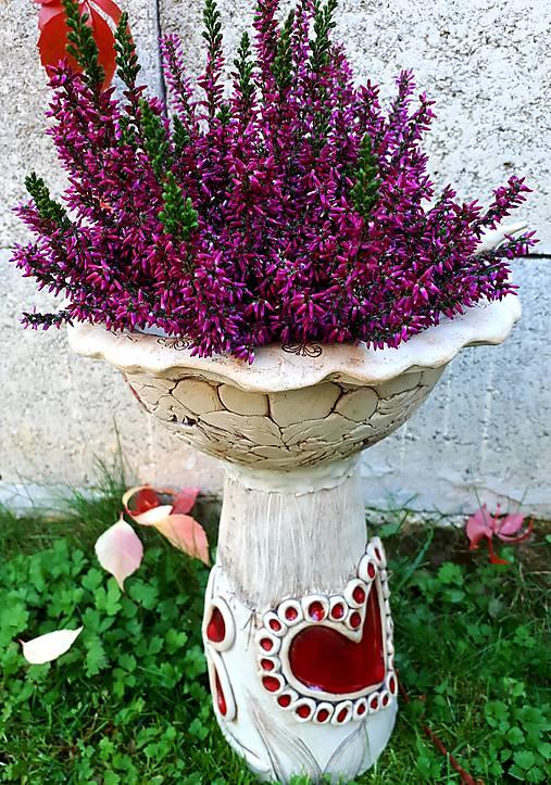 Záhradné keramické krmítko,kvetináč, dekorácia do záhradky.