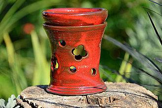 Svietidlá a sviečky - Aromalampa - červená (so štvorlístkom) - 9981493_