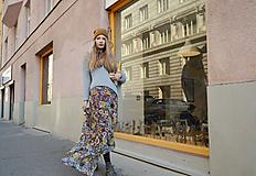 - Farebná kvetovaná dlhá sukňa - 9987697_